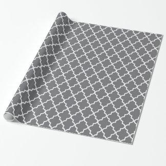 Papel De Regalo Marroquí gris oscuro y blanco moderno Quatrefoil