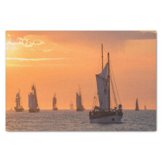 Papel De Seda Windjammer en luz de la puesta del sol