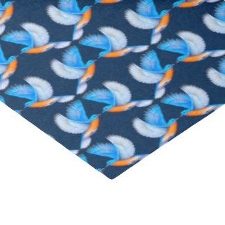 Papel seda del este de los Bluebirds que vuela
