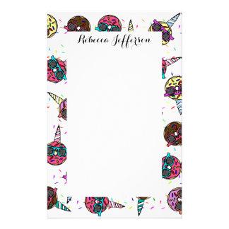 Papelería Buñuelo colorido lindo divertido del unicornio con