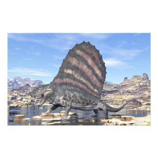 Papelería Dimetrodon que se coloca en una charca en el