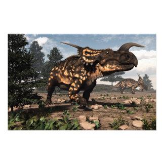 Papelería Dinosaurios del Einiosaurus en el desierto - 3D