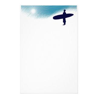 Papelería el practicar surf de la sol