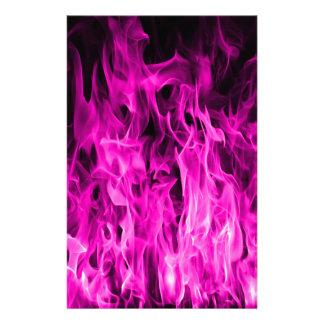 Papelería Llama violeta y productos y ropa violetas de fuego