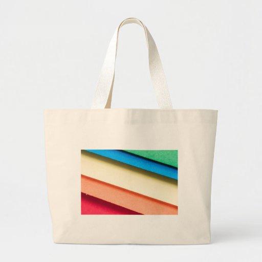 Papeles coloreados de la cartulina bolsa