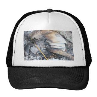 Papeles quemados gorra