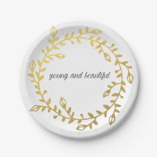 Paperplate joven y hermoso para su ocasión plato de papel