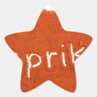 Paprika de la palabra escrita en polvo de la pegatina en forma de estrella