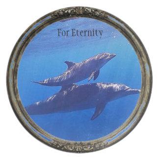 Para la placa de colección del delfín de Enternity Plato
