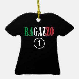 Para los novios italianos: Uno. de Ragazzo Numero Adorno De Cerámica En Forma De Camiseta
