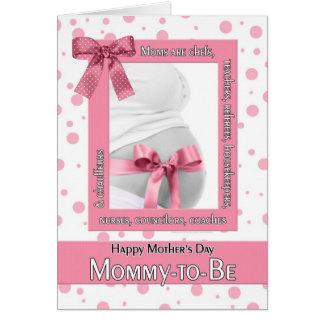 para que mamá esté en el rosa Polkadot del día de Tarjeta De Felicitación