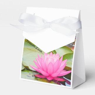Para siempre favores del boda del amor…. caja de regalos