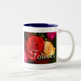 Para siempre rosa amarillo rojo del amor taza de café de dos colores