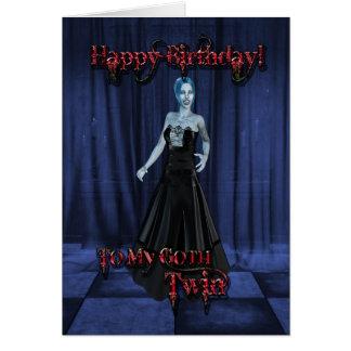 Para un gemelo del gótico una tarjeta de cumpleañ