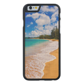 Paraíso tropical de la playa, Hawaii Funda De iPhone 6 Carved® Slim De Arce