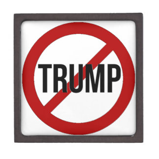 Pare el Anti-Triunfo de Donald Trump Joyero