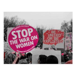 Pare la guerra en la postal de las mujeres