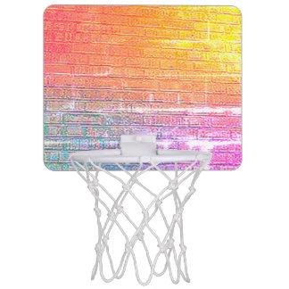 Pared apoyada ladrillo mini aro de baloncesto