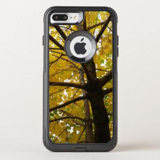Pares de naturaleza amarilla del otoño de los funda commuter de OtterBox para iPhone 8 plus/7 pl