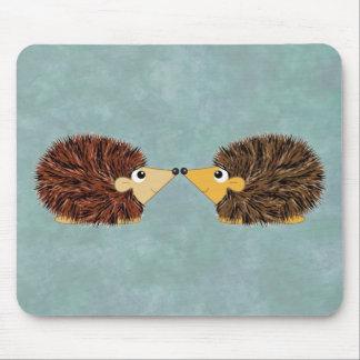 Pares mimosos del erizo alfombrilla de ratón