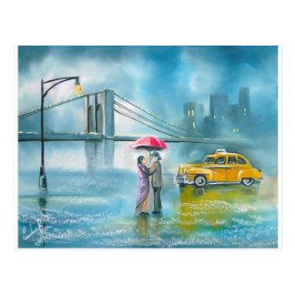 Pares románticos amarillos del día lluvioso de los postal