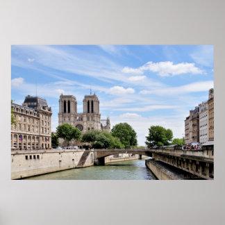 París por el poster de río Sena
