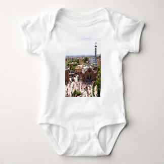 Parque Guell en Barcelona, España Body Para Bebé