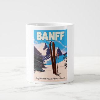 Parque nacional de Banff en Alberta, Canadá Taza De Café Grande