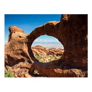 Parque nacional de los arcos - postal doble del