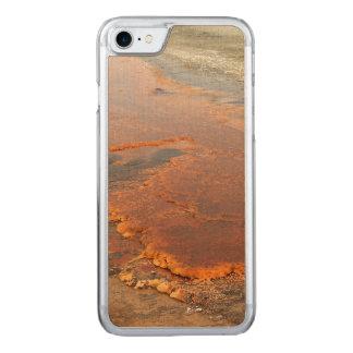 Parque rojo de Yellowstone del agua mineral Funda Para iPhone 7