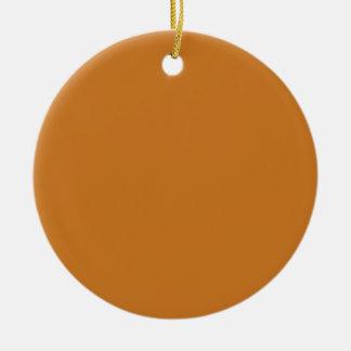 Parte alta ocre coloreada adorno navideño redondo de cerámica