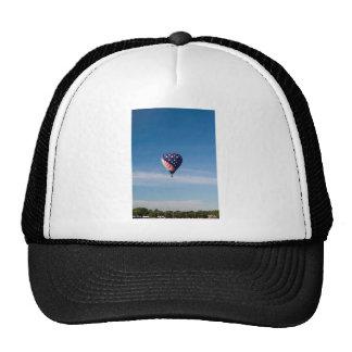 Paseo del globo del aire caliente de las barras y gorra