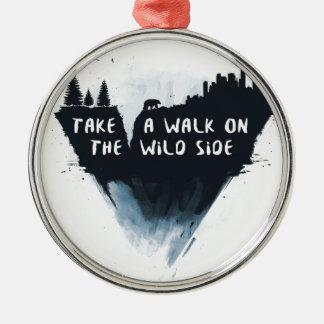 Paseo en el lado salvaje adorno de cerámica