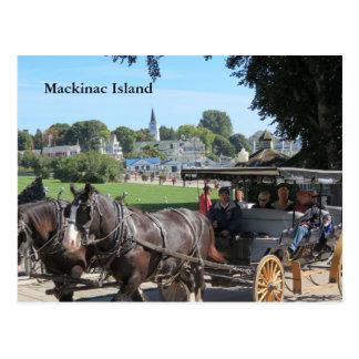 Paseos del carro en la isla de Mackinac Postal