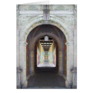 Pasillo de pilares tarjeta de felicitación