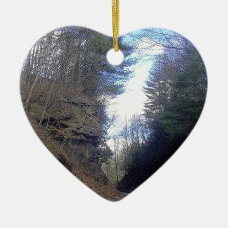 Paso de montaña adorno de cerámica en forma de corazón