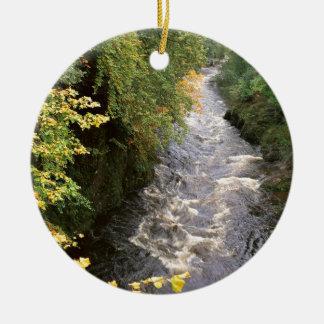 Paso Escocia del río Ornamento De Navidad