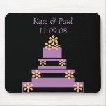 Pastel de bodas negro y púrpura alfombrilla de raton