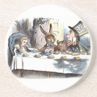 Pasteles enojados de una fiesta del té posavaso para bebida