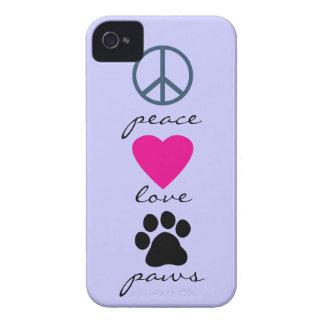 Patas del amor de la paz iPhone 4 Case-Mate coberturas