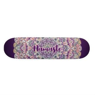 Patín Mandala floral rosada de Namaste y púrpura linda