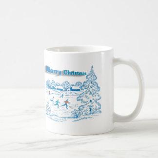 Patinaje de hielo del invierno taza de café