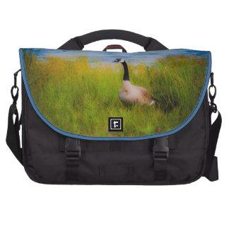 Pato en bolso del viajero del carrito bolsas de portátil