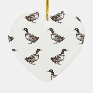 Patos del corral de la colección de Emma Janeway Adorno Navideño De Cerámica En Forma De Corazón