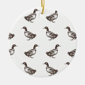 Patos del corral de la colección de Emma Janeway Adorno Navideño Redondo De Cerámica