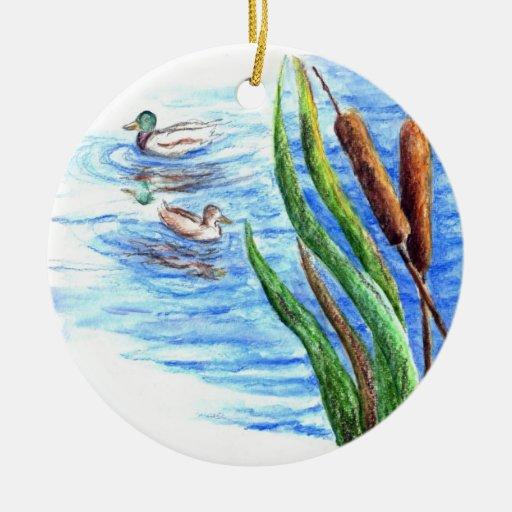 Patos silvestres y Cattails - lápiz de la acuarela Adornos De Navidad