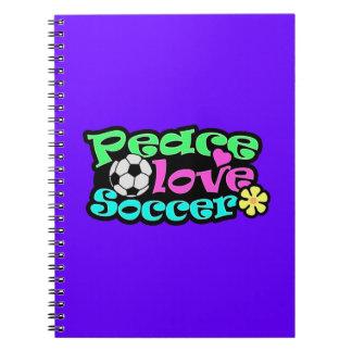 Paz, amor, fútbol; Retro Cuaderno
