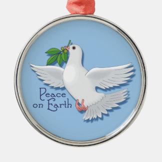 Paz en el ornamento de la paloma de la tierra adorno redondo plateado