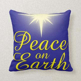Paz en la almohada del día de fiesta de la