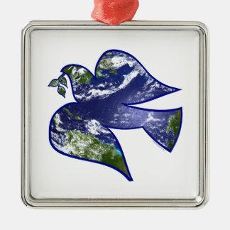 Paz en paloma de la tierra adorno navideño cuadrado de metal